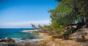 Overzeese kust in Kroatië Stock Foto's