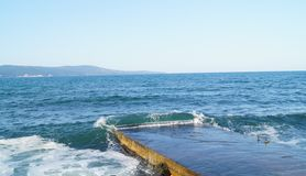 Overzeese kust, kust stock foto's