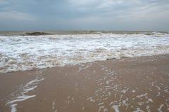 Overzeese kust Mening van hierboven Strand Overzees van Azov stock afbeelding