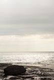 Overzeese kust verticale achtergrond Stock Foto