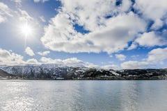 Overzeese mening aan stad van Tromso, Noorwegen Royalty-vrije Stock Fotografie