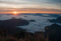 Overzeese mist en zonsopgang Royalty-vrije Stock Fotografie