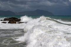 Overzeese Onweersstorm op de kust stock afbeelding