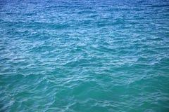 Overzeese oppervlakte, waterblauw Stock Fotografie