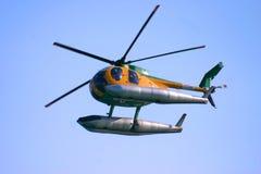 Overzeese reddingshelikopter Stock Foto's