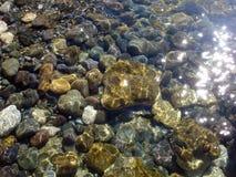 Overzeese stenen onder water Royalty-vrije Stock Fotografie