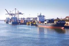 Overzeese van de lading haven royalty-vrije stock foto's