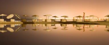 Overzeese van de nacht mening over lagune Royalty-vrije Stock Foto's