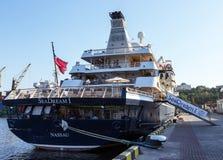 OVERZEESE van het cruiseschip DROOM. Stock Foto