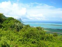 Overzeese van het Mauriciusstrand blauwe hemel Stock Foto's