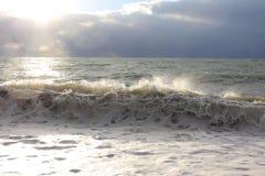 Overzeese wawes gewassen dokavond Royalty-vrije Stock Fotografie