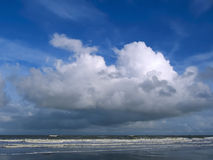 Overzeese wolk Royalty-vrije Stock Fotografie