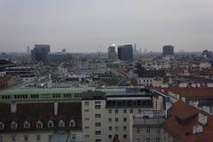 Overzicht van de horizon van Wenen in een bewolkte dag Royalty-vrije Stock Foto