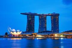 Overzicht van de jachthavenbaai met Marina Bay Sands Stock Foto