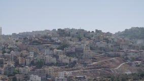 Overzicht van een Arabische stad in Israël stock video