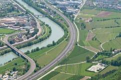 Overzicht van een Italiaanse stad met zijn infrastructur Royalty-vrije Stock Fotografie