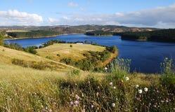 Overzicht van een reservoir in Zuid-Australië, Australië Royalty-vrije Stock Afbeeldingen