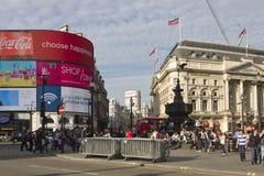 Overzicht van Piccadilly-Circusvierkant in Dagtijd Royalty-vrije Stock Afbeelding