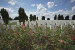 Overzicht van Tyne Cot-begraafplaats stock foto's