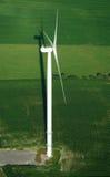 Overzicht van windturbine en schaduw Royalty-vrije Stock Fotografie