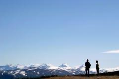 Overzie de snow-covered pieken van Saltfjellet Royalty-vrije Stock Afbeelding