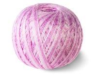 Ovillo rosado del hilo para obras de punto imágenes de archivo libres de regalías