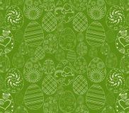 Ovo da páscoa branco abstrato no fundo verde Fotografia de Stock