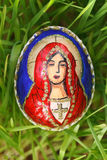 Elementos religiosos pintados em um ovo da páscoa Imagens de Stock Royalty Free