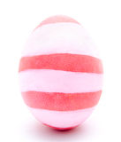 Ovo da páscoa cor-de-rosa pintado isolado Imagens de Stock