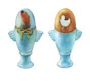Ovo da páscoa fervido colorido no suporte de copos azul do ovo Ilustração pintado à mão da aquarela isolada no fundo branco Imagens de Stock