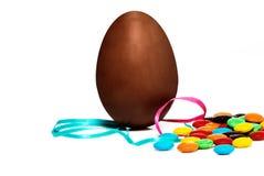 Ovo de chocolate de Easter imagem de stock royalty free
