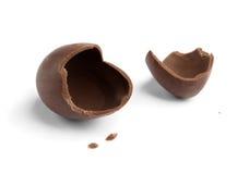 Ovo de chocolate quebrado Foto de Stock Royalty Free