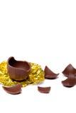 Ovo de Easter quebrado do chocolate Foto de Stock