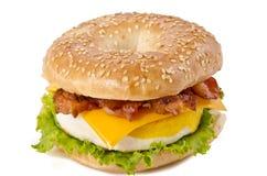 Ovo do bacon e pequeno almoço do queijo Foto de Stock