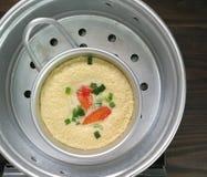 Ovos cozinhados tailandeses com varas do caranguejo Imagem de Stock Royalty Free
