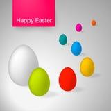 Ovos da páscoa Grupo de ovos coloridos realísticos no fundo branco Telemóvel amarelo Rotulação feliz da Páscoa Fotos de Stock