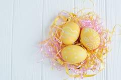 Ovos da páscoa pintados nas cores pastel Fotos de Stock Royalty Free