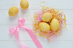 Ovos da páscoa pintados nas cores pastel Imagens de Stock Royalty Free