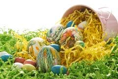 Ovos da páscoa tingidos em nó Imagem de Stock