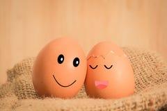 Ovos de Brown no tom do vintage da emoção do amor Imagem de Stock Royalty Free