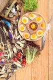 Ovos de codorniz e ovos de codorniz fritados de delicioso Fotografia de Stock Royalty Free