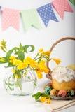 Ovos de codorniz Ovos pintados para Easter Ainda lifes coloridos Imagem de Stock