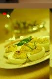 Ovos de Deviled e aperitivos Fotos de Stock Royalty Free