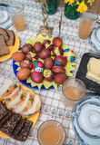 Ovos de Easter com decoração imagem de stock royalty free