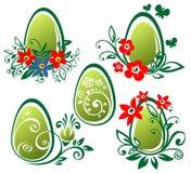 Ovos de Easter com flores Fotografia de Stock Royalty Free