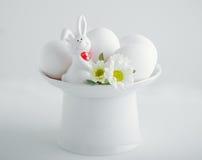 Ovos de Easter e coelho de Easter Fotografia de Stock Royalty Free
