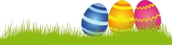 Ovos de Easter em um prado Fotos de Stock Royalty Free