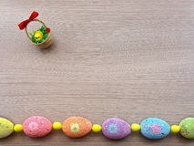 Ovos de Easter em uma fileira Fotos de Stock Royalty Free