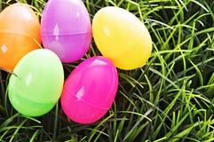 Ovos de Easter isolados no branco Imagens de Stock
