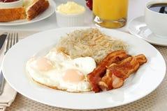 Ovos do bacon e mistura - marrons Imagens de Stock Royalty Free